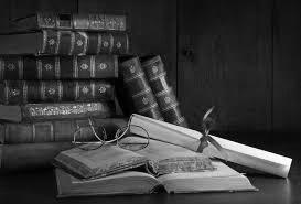 рабочий стол, красивые книги