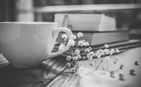 чашка чая и книги