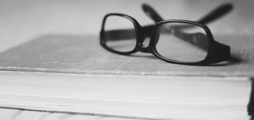 книга и очки, образование